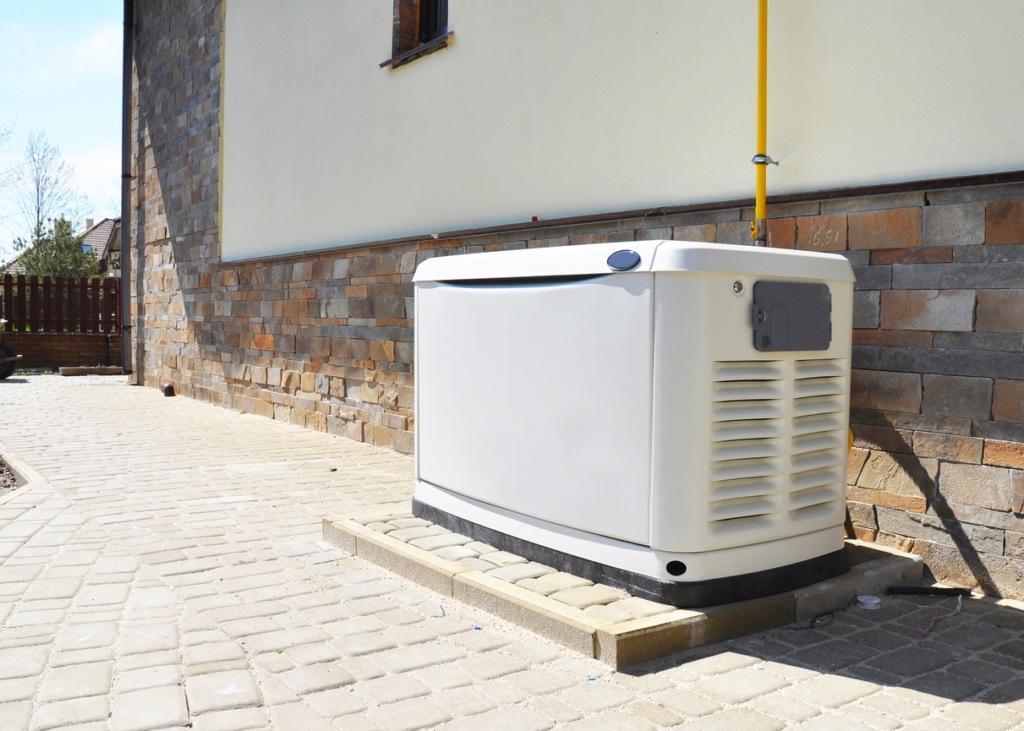 Residential house natural gas backup generator in Norfolk, VA